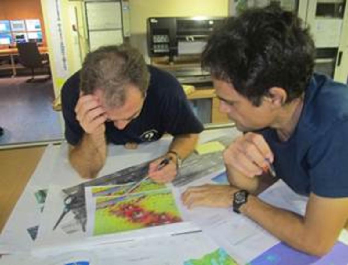 Benoit et Martin sont à la recherche des meilleurs sites pour les dragages profonds qui seront réalisés dès le 10 septembre.